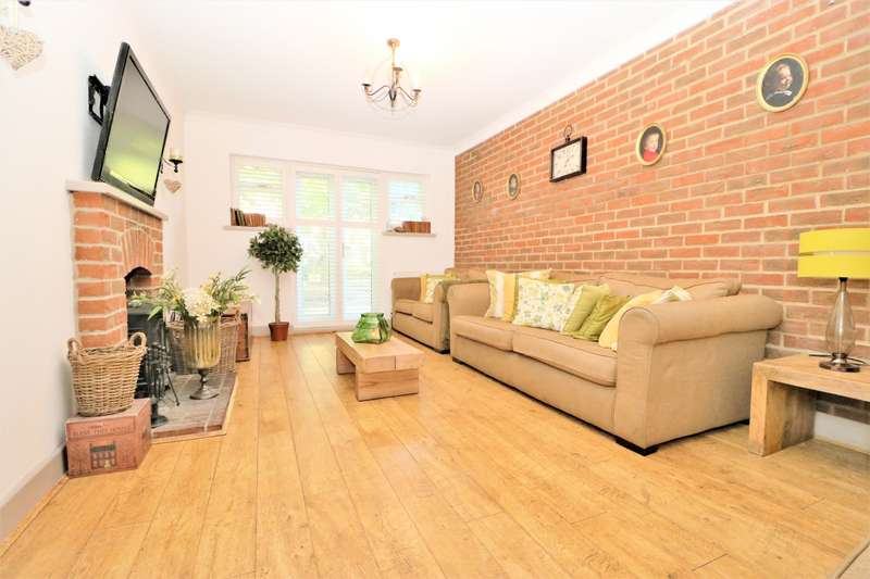 4 Bedrooms Bungalow for sale in Upton