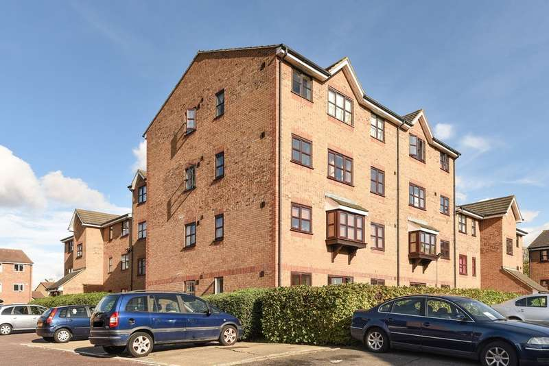 Flat for sale in John Williams Close, New Cross