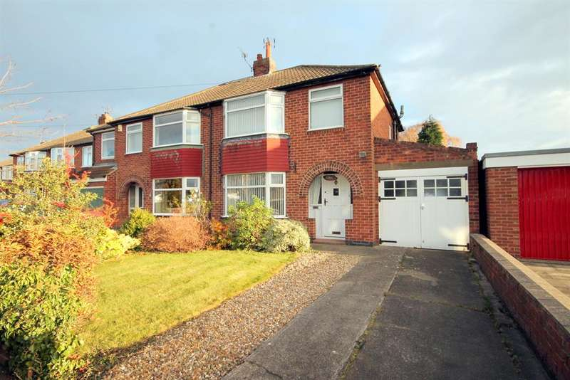 3 Bedrooms Semi Detached House for sale in Vernon Road, York, YO30 5UY