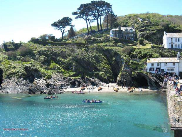 3 Bedrooms Maisonette Flat for sale in Fore Street, Polperro, Looe, Cornwall