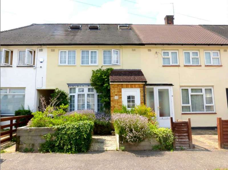 4 Bedrooms Semi Detached House for rent in Felton Close, Borehamwood