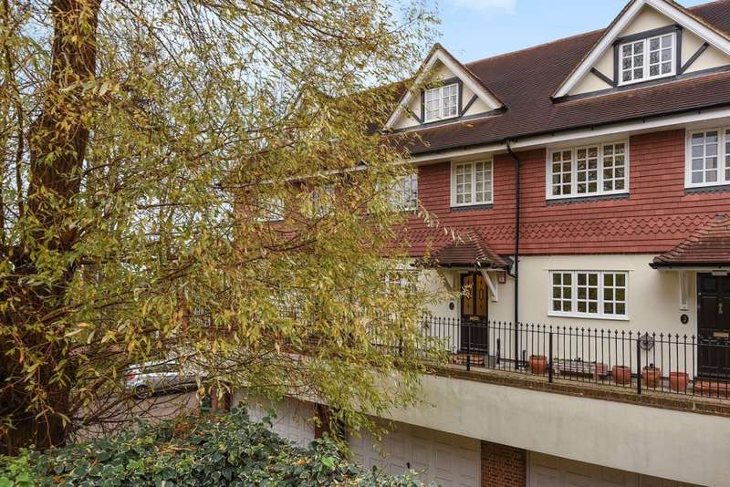 4 Bedrooms Terraced House for sale in Meadow View, Harrow on the Hill, HA1