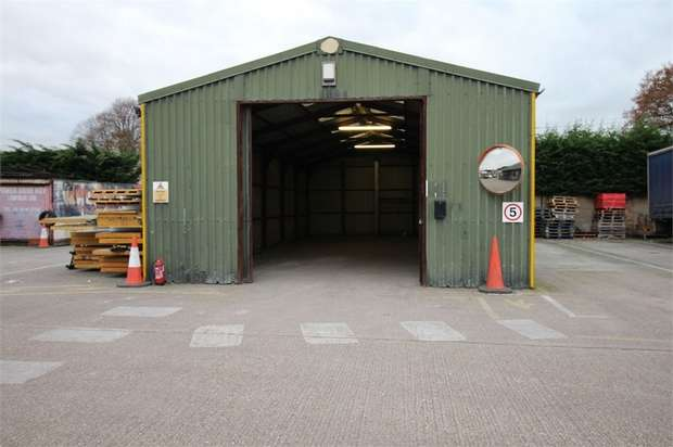 Commercial Property for rent in Sedge Green, Nazeing, Waltham Abbey, Essex