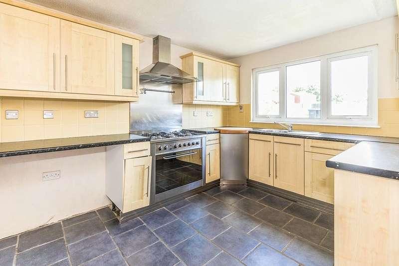 3 Bedrooms Property for sale in Windsor Close, Rubery,Rednal, Birmingham, B45