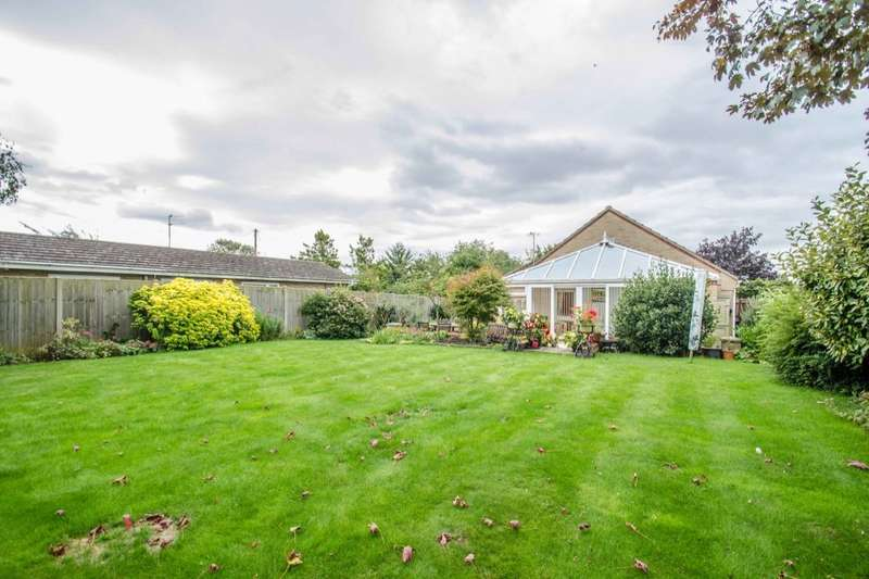 4 Bedrooms Detached Bungalow for sale in Mereside, Soham, Ely, CB7