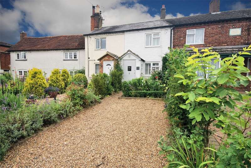 1 Bedroom Cottage House for sale in Clay Lane, Wendover, Aylesbury, HP22