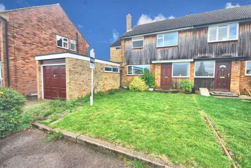 4 Bedrooms Semi Detached House for sale in The Cedars, Wendover, HP22