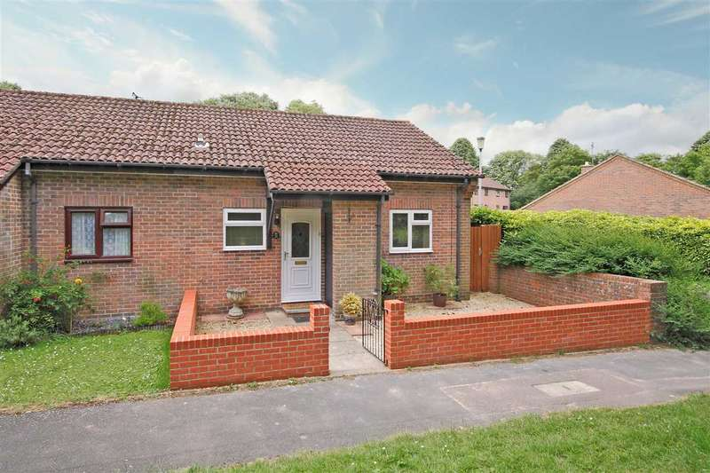 1 Bedroom Bungalow for sale in Neuvic Way, Whitchurch