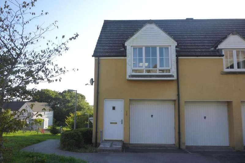 2 Bedrooms Flat for rent in Larcombe Road, St. Austell, PL25