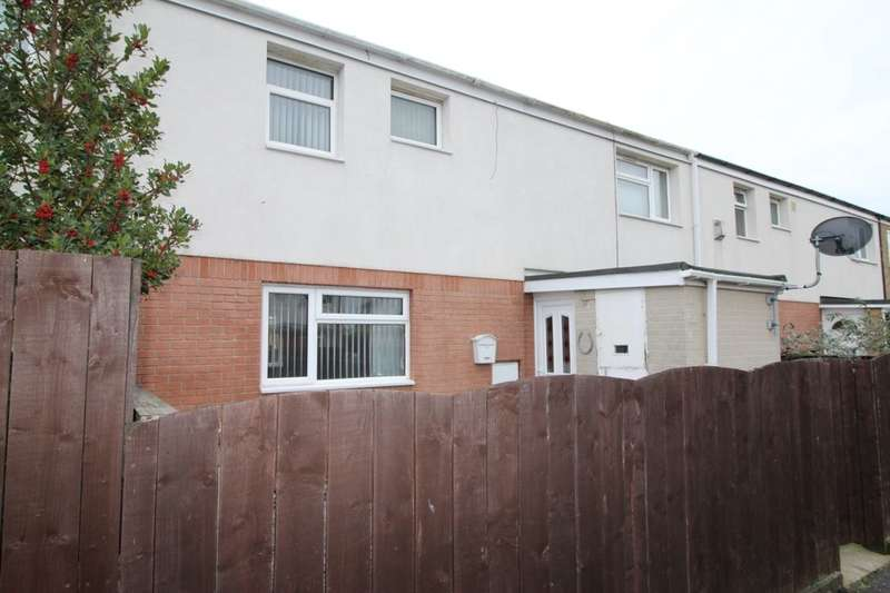 3 Bedrooms Terraced House for rent in Saddleworth Close, Bransholme, Hull, HU7