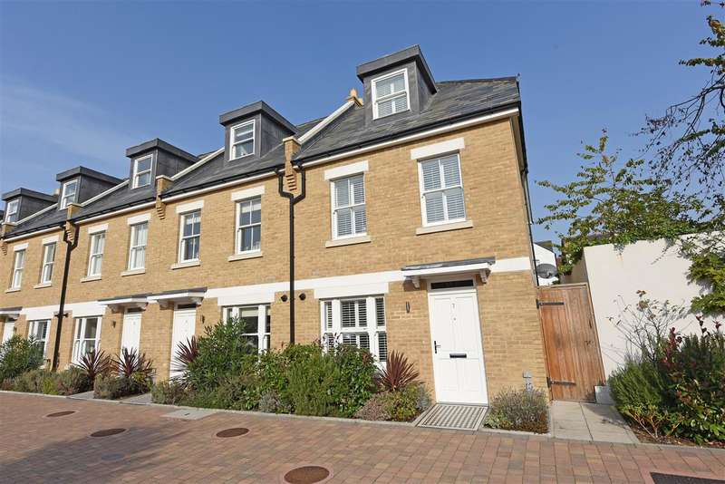 3 Bedrooms End Of Terrace House for sale in Barton Mews, Effra Road, Wimbledon