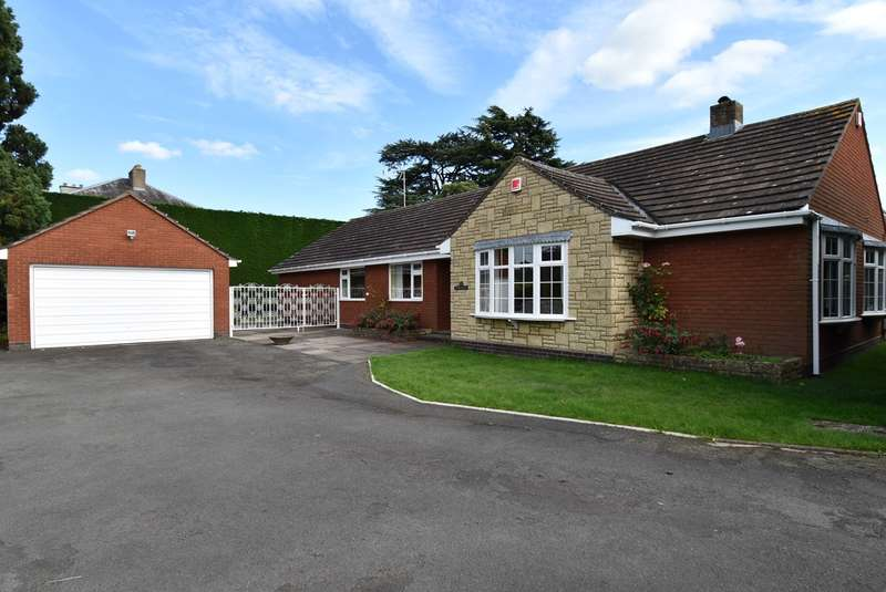 4 Bedrooms Detached Bungalow for sale in Addenbrooke Road, Droitwich, WR9