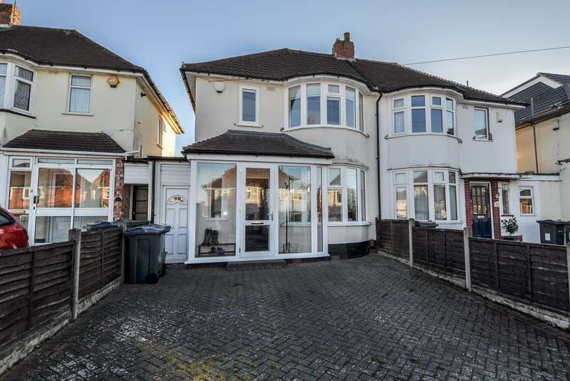 2 Bedrooms Semi Detached House for sale in Woolacombe Lodge Road, Selly Oak, Birmingham, B29