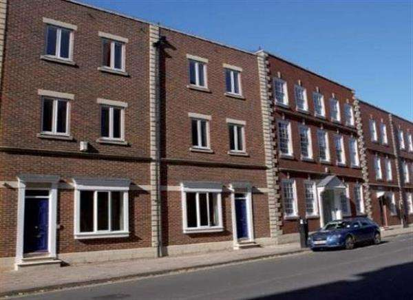 4 Bedrooms Apartment Flat for rent in Flat 3, Redcliffe Street