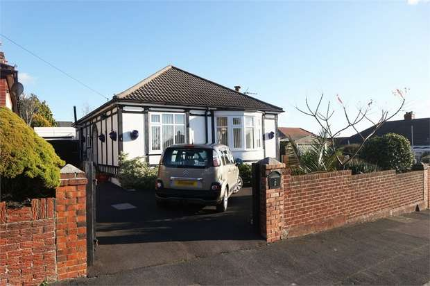 2 Bedrooms Detached Bungalow for sale in Bridges Avenue, Portsmouth, Hampshire