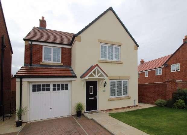 4 Bedrooms Detached House for sale in Windward Avenue, Fleetwood, FY7