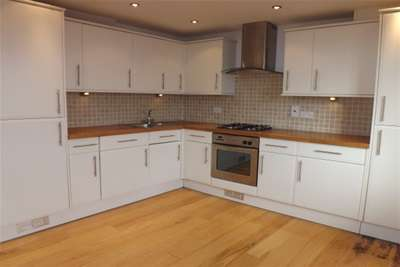 4 Bedrooms House for rent in Broomans Lane, Lewes