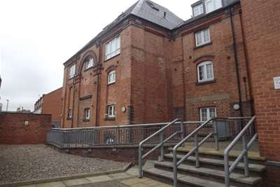 2 Bedrooms Flat for rent in Burgess Mill, Manchester Street, Derby, DE223GB