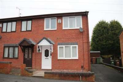 3 Bedrooms House for rent in Owen Street, WA10 3DW