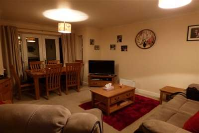 2 Bedrooms Flat for rent in Willow Hey, Grange Park Way, Rossendale