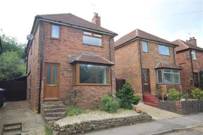 3 Bedrooms House for rent in Cliffe Road, Godalming