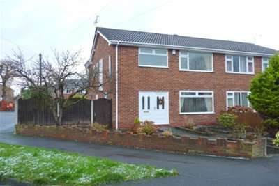 3 Bedrooms House for rent in Beechcroft Drive, Whitby, Ellesmere Port