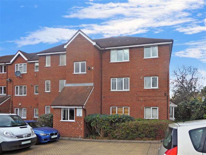 1 Bedroom Ground Flat for sale in Burnham Road, , Chingford