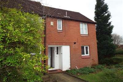 3 Bedrooms End Of Terrace House for rent in Rowland Close, Fearnhead, WA2