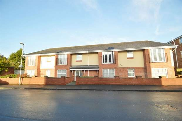 2 Bedrooms Flat for sale in 11 Manor Road, Levenshulme, Manchester