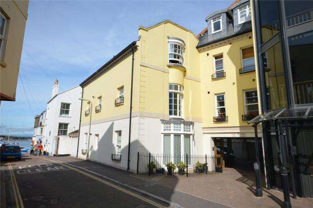 2 Bedrooms Flat for sale in Ivy House, Ivy Lane, Teignmouth, Devon