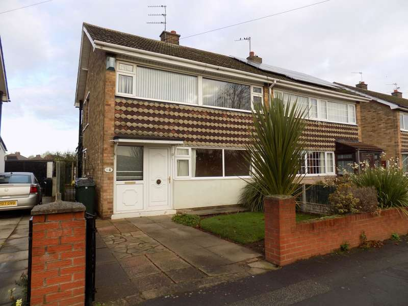 3 Bedrooms Semi Detached House for rent in Graham Road, Doncaster, DN3