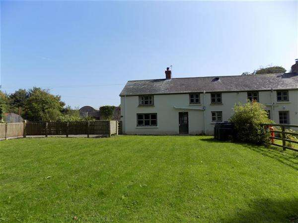 3 Bedrooms Cottage House for rent in Home Farm Cottage, Boulston, Haverfordwest