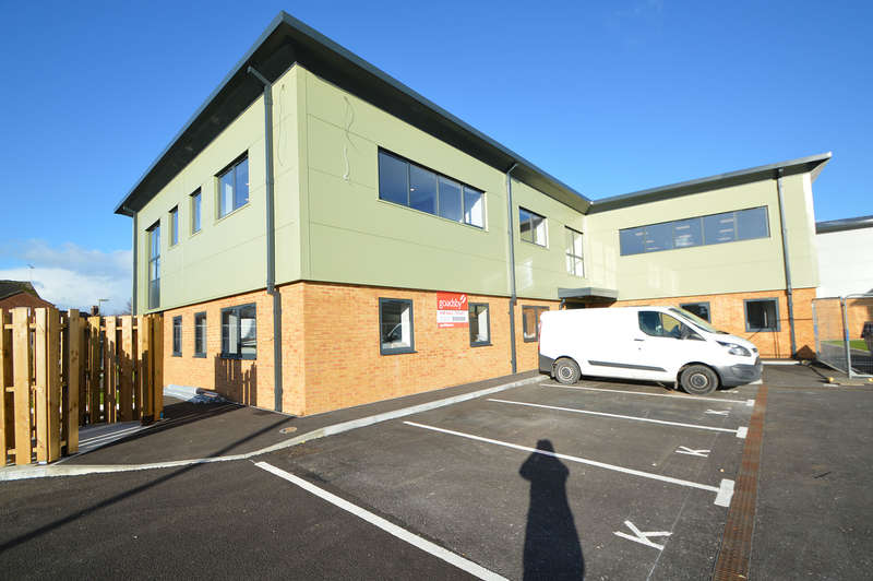 Office Commercial for rent in Office 1, Ground Floor Unit 3, GP Centre, Yeoman Road, Ringwood, BH24 3FF