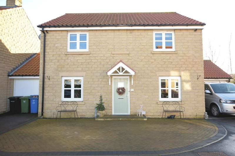 4 Bedrooms Detached House for sale in River Meadows, Burniston, Scarborough, North Yorkshire YO13 0BE