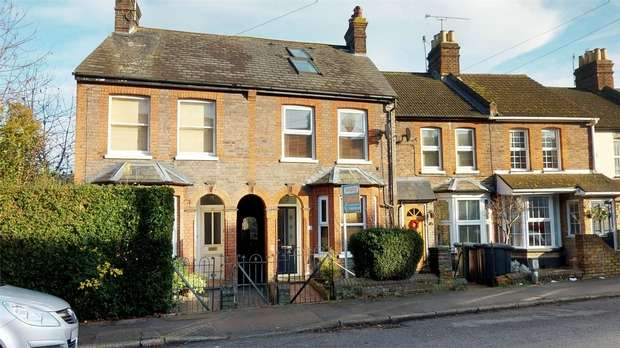 3 Bedrooms Semi Detached House for sale in Weymouth Street, Apsley, HEMEL HEMPSTEAD, Hertfordshire