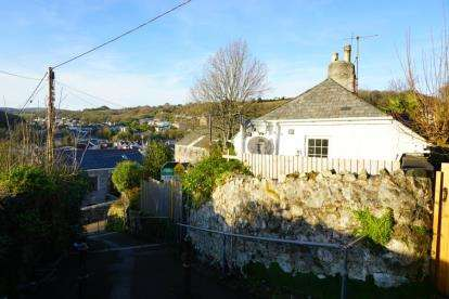 2 Bedrooms End Of Terrace House for sale in St Austell, Cornwall, Uk