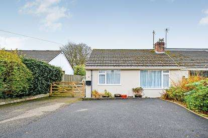 2 Bedrooms Bungalow for sale in Truro, Cornwall