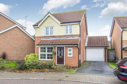 3 Bedrooms Detached House for sale in Chadwell-St-Mary, Essex, .