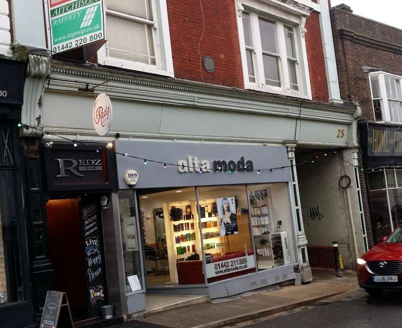 Bar / Nightclub Commercial for sale in High Street, Hemel Hempstead, Hertfordshire, HP1 3AA