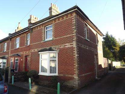 3 Bedrooms Semi Detached House for sale in Christchurch, Dorset