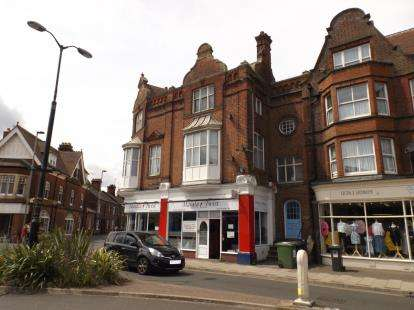 3 Bedrooms Flat for sale in Prince Of Wales Road, Cromer, Norfolk