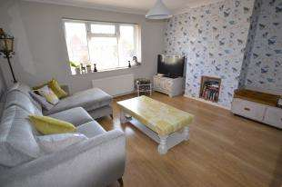 2 Bedrooms Flat for sale in Ladys Gift Road, Tunbridge Wells, Kent