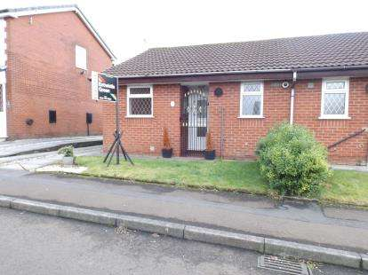 1 Bedroom Bungalow for sale in Brick Street, Bury, Greater Manchester, BL9