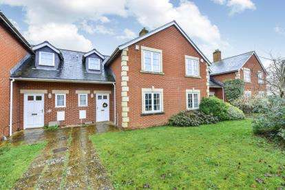 3 Bedrooms Terraced House for sale in Sherborne, Dorset, Uk