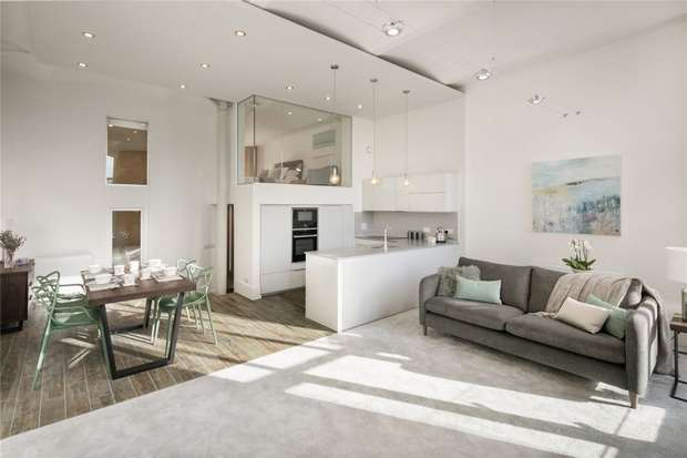 2 Bedrooms Flat for sale in The Heritage Collection, Clarence Road, Bollington, Macclesfield, Cheshire