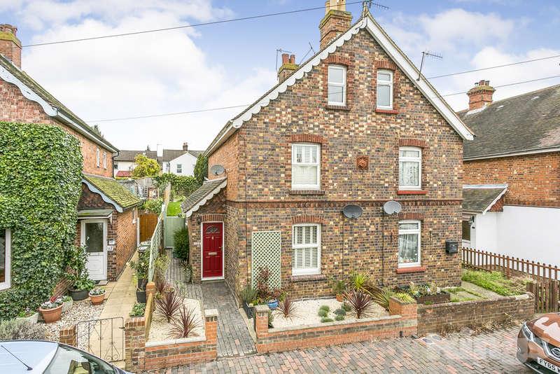 4 Bedrooms Semi Detached House for sale in Gordon Road, Tunbridge Wells