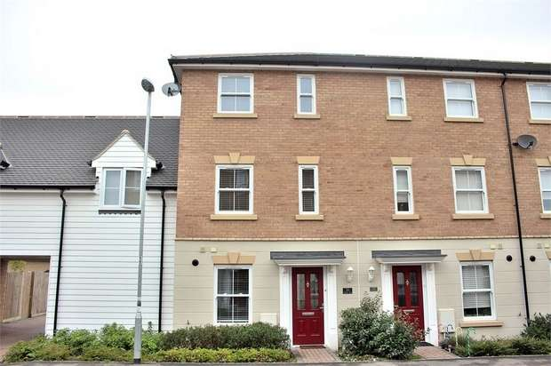 3 Bedrooms Town House for sale in Dunmow, Essex