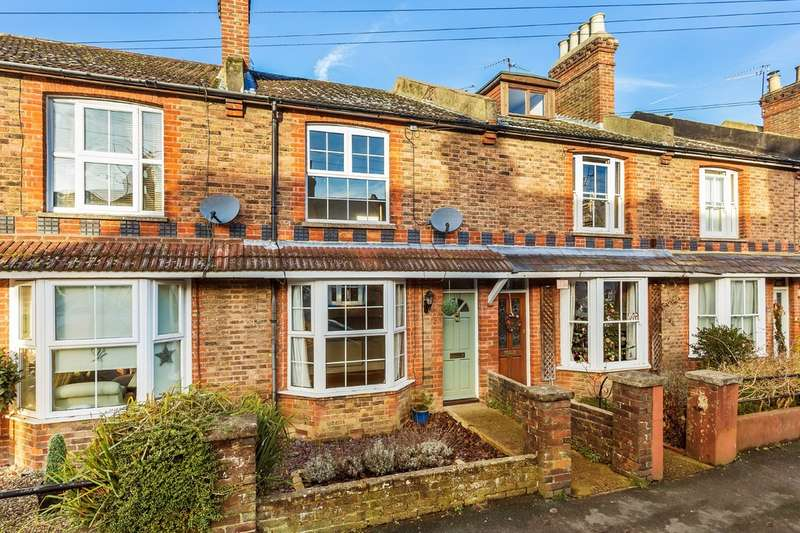 2 Bedrooms Terraced House for sale in New Street, Horsham