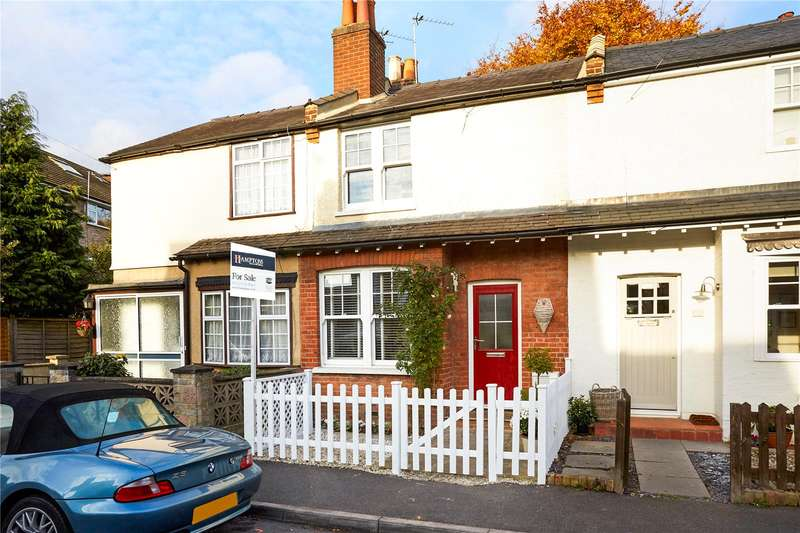 2 Bedrooms Terraced House for sale in School Road, East Molesey, Surrey, KT8