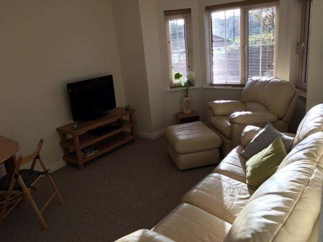 2 Bedrooms Apartment Flat for rent in Chandlers Court, Victoria Dock, Hull, HU9 1FB